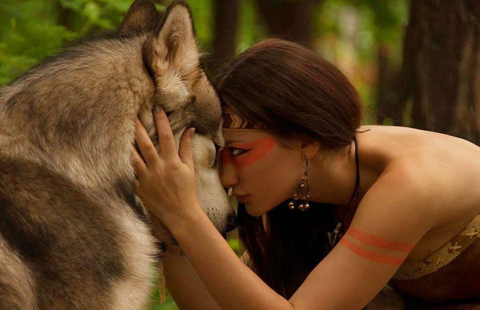 Devojka i vuk